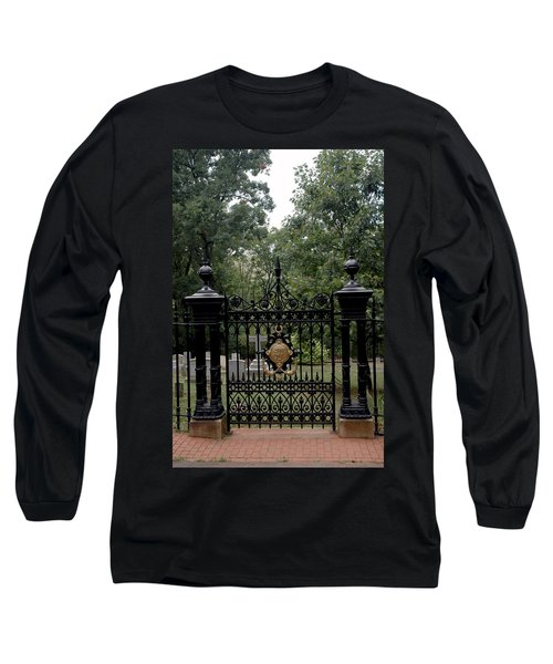 Thomas Jefferson Grave Site Monticello Long Sleeve T-Shirt