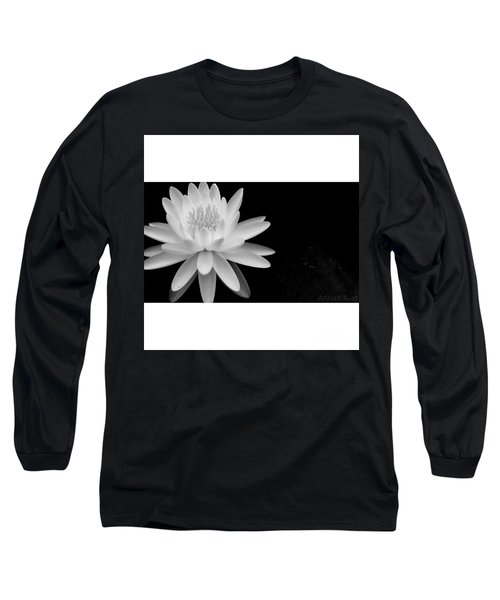 Black And White -timeless Lily Long Sleeve T-Shirt