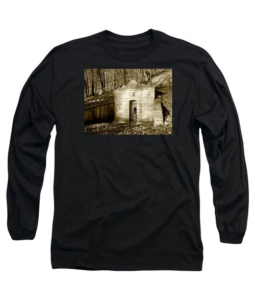 Tomb With A View In Sepia Long Sleeve T-Shirt
