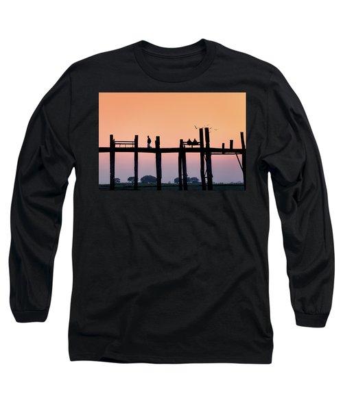U-bein Bridge At Dawn Long Sleeve T-Shirt