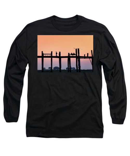U-bein Bridge At Dawn Long Sleeve T-Shirt