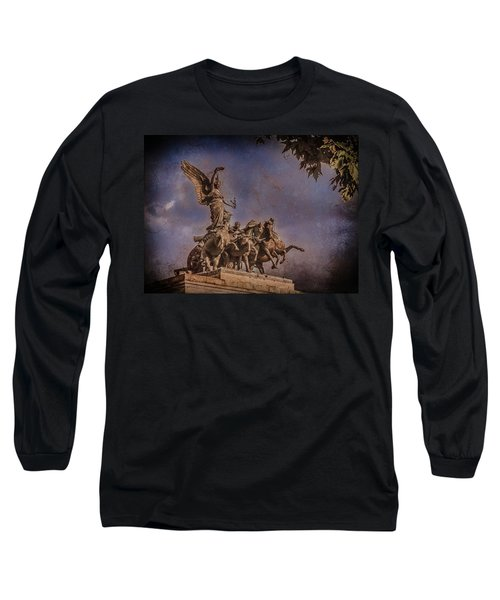 London, England - Victory Long Sleeve T-Shirt
