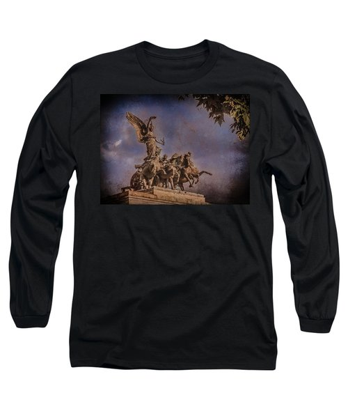 London, England - Victory Long Sleeve T-Shirt