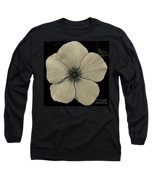 Vinca Long Sleeve T-Shirt