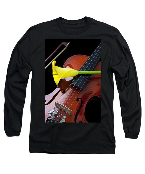 Violin With Yellow Calla Lily Long Sleeve T-Shirt