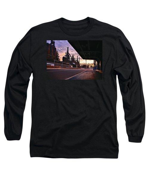 Long Sleeve T-Shirt featuring the photograph Waitin' On The Bus by DJ Florek