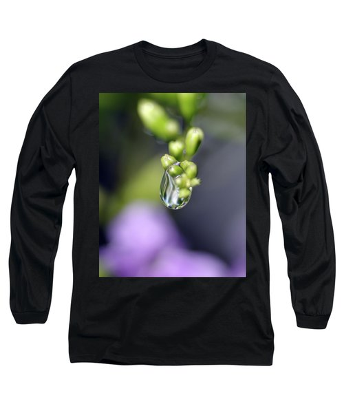 Long Sleeve T-Shirt featuring the photograph Water Droplet Iv by Richard Rizzo