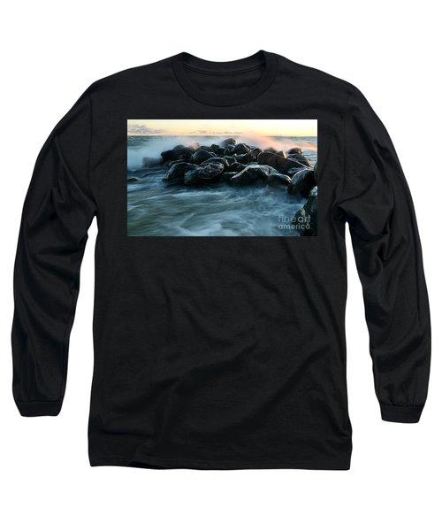 Wave Crashes Rocks 7941 Long Sleeve T-Shirt