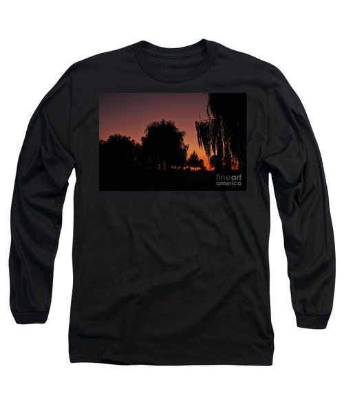 Willow Tree Silhouettes Long Sleeve T-Shirt
