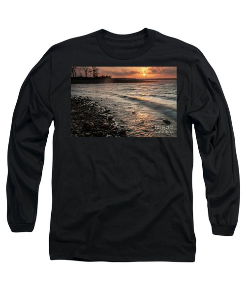 Winter Morning At The Vetran's Lake Long Sleeve T-Shirt by Iris Greenwell