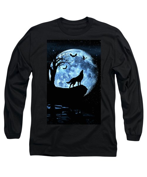 Wolf Howling At Full Moon With Bats Long Sleeve T-Shirt