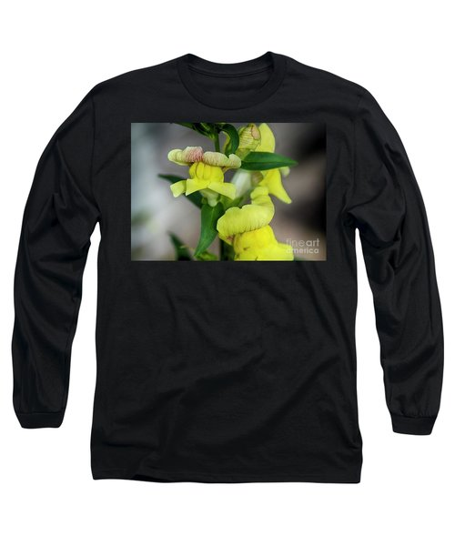 Wonderful Nature - Yellow Antirrhinum Long Sleeve T-Shirt