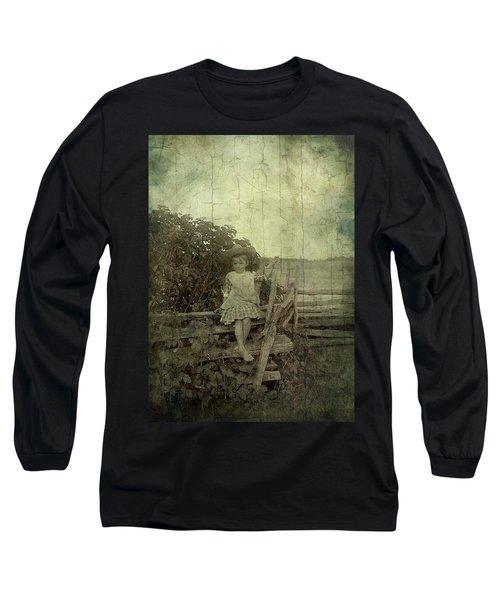 Wooden Throne Long Sleeve T-Shirt