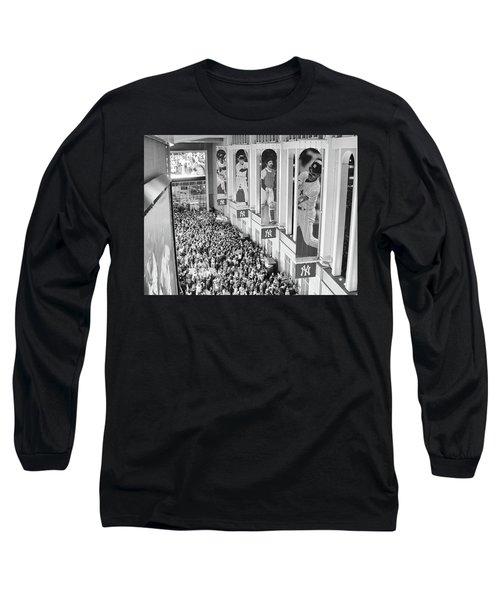 Yankee Stadium Great Hall 2009 World Series Black And White Long Sleeve T-Shirt
