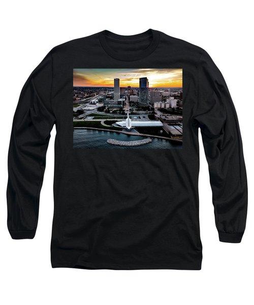 Long Sleeve T-Shirt featuring the photograph Milwaukee Sunset by Randy Scherkenbach