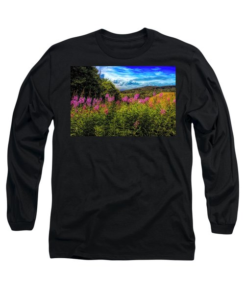Art Photo Of Vermont Rolling Hills With Pink Flowers In The Fore Long Sleeve T-Shirt