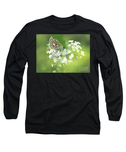 Butterfly On Babybreath Long Sleeve T-Shirt