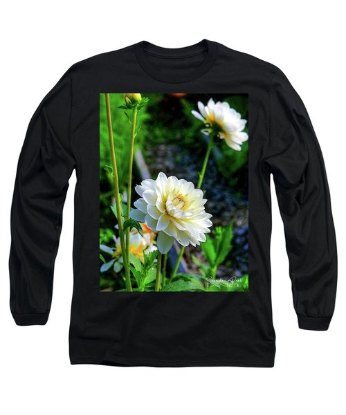 Chrysanthemum In Bloom Long Sleeve T-Shirt