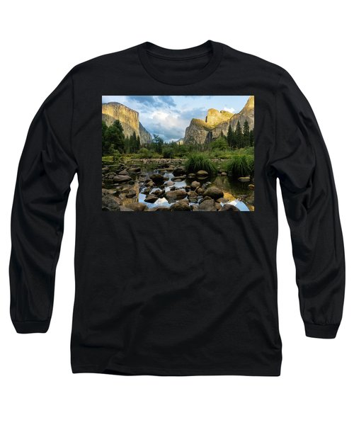 Gates Of The Valley 3 Long Sleeve T-Shirt