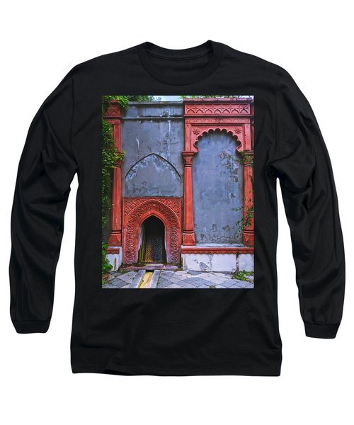 Ornate Red Wall Long Sleeve T-Shirt
