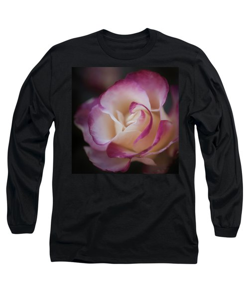 Pink Kiss By Tl Wilson Photography  Long Sleeve T-Shirt