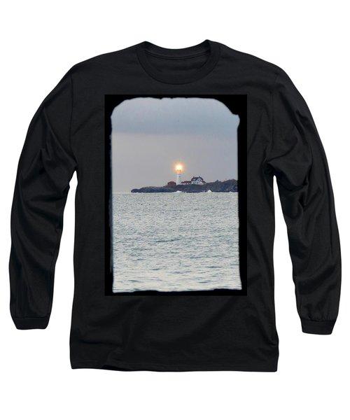 Portland Head Lighthouse Through The Gun Port Long Sleeve T-Shirt