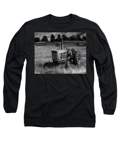 Vintage Tractor In Honeyville Bw Long Sleeve T-Shirt