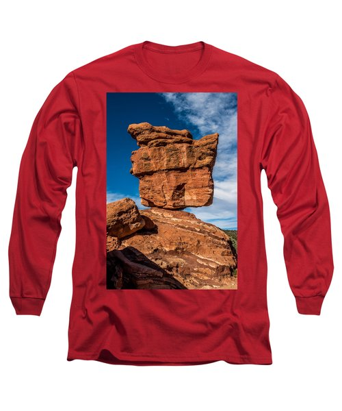 Balanced Rock Garden Of The Gods Long Sleeve T-Shirt by Paul Freidlund