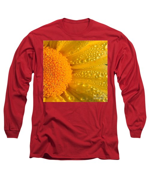 Long Sleeve T-Shirt featuring the photograph Dew Drops On Daisy by Terri Gostola