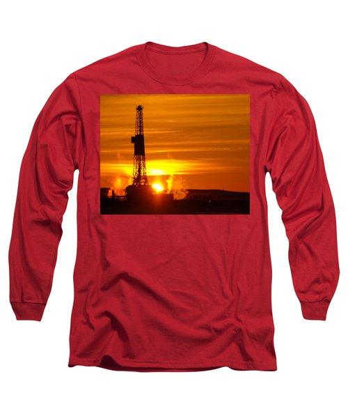 Frontier Nineteen Xto Energy Culbertson Montana Long Sleeve T-Shirt