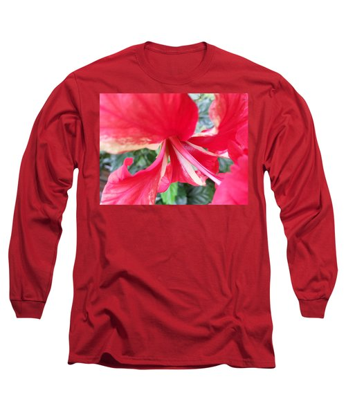 Macro Beauty Long Sleeve T-Shirt