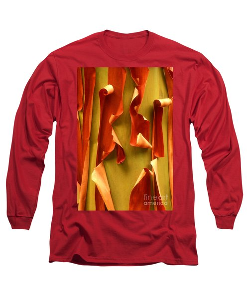 Peeling Bark Pacific Madrone Tree Washington Long Sleeve T-Shirt by Dave Welling