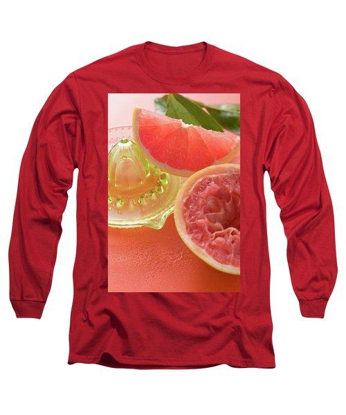 Pink Grapefruit Wedge, Squeezed Grapefruit, Citrus Squeezer Long Sleeve T-Shirt