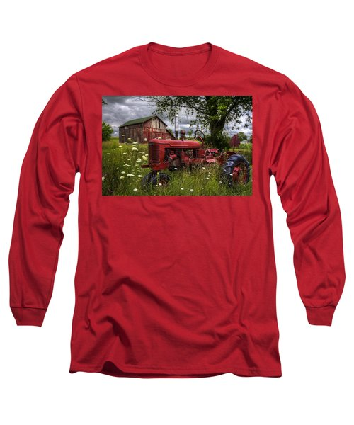 Reds In The Pasture Long Sleeve T-Shirt