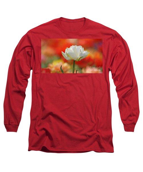 White Tulip Weisse Gefuellte Tulpe Long Sleeve T-Shirt
