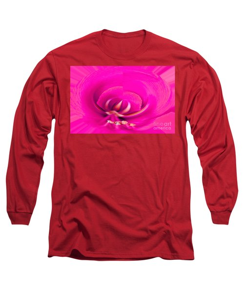Long Sleeve T-Shirt featuring the photograph Amaryliss Close-up by Les Palenik