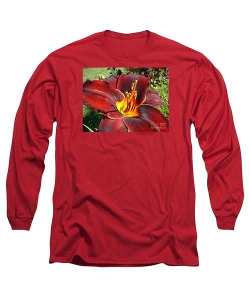 Long Sleeve T-Shirt featuring the photograph Bleeding Beauty by Mark Robbins