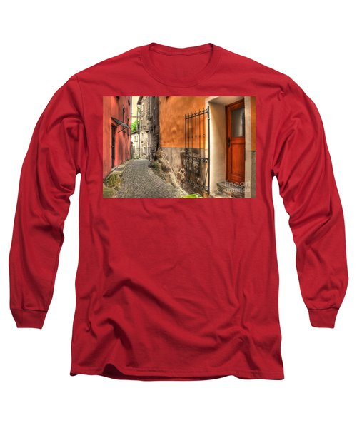 Old Colorful Rustic Alley Long Sleeve T-Shirt