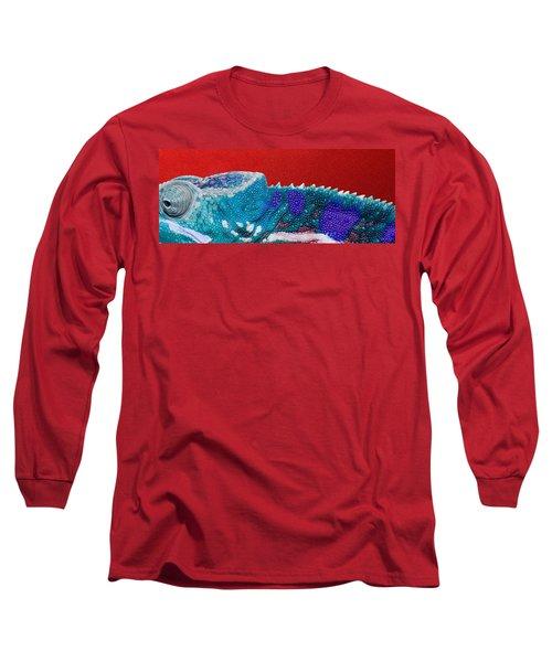 Turquoise Chameleon On Red Long Sleeve T-Shirt