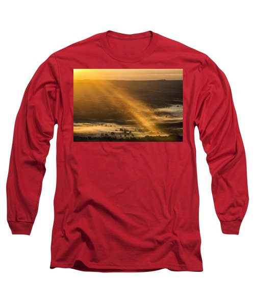 View Over The Hope Valley From Mam Tor At Dawn Long Sleeve T-Shirt