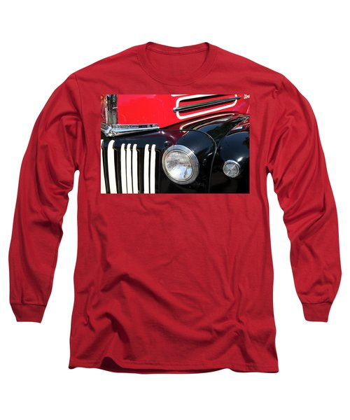 Long Sleeve T-Shirt featuring the photograph 1947 Vintage Ford Pickup Truck by Theresa Tahara