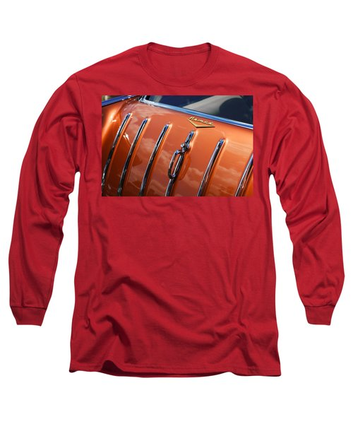 Long Sleeve T-Shirt featuring the photograph 1957 Chevrolet Nomad by Gordon Dean II