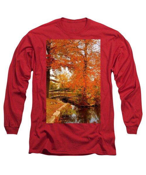 A Morning In Autumn - Lake Carasaljo Long Sleeve T-Shirt