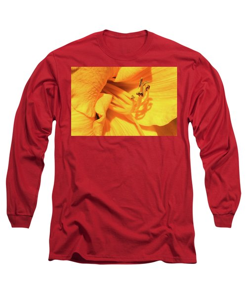 Daffodil - Peeping Tom 06 Long Sleeve T-Shirt
