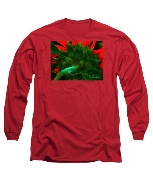 Long Sleeve T-Shirt featuring the photograph Derriere by Elfriede Fulda