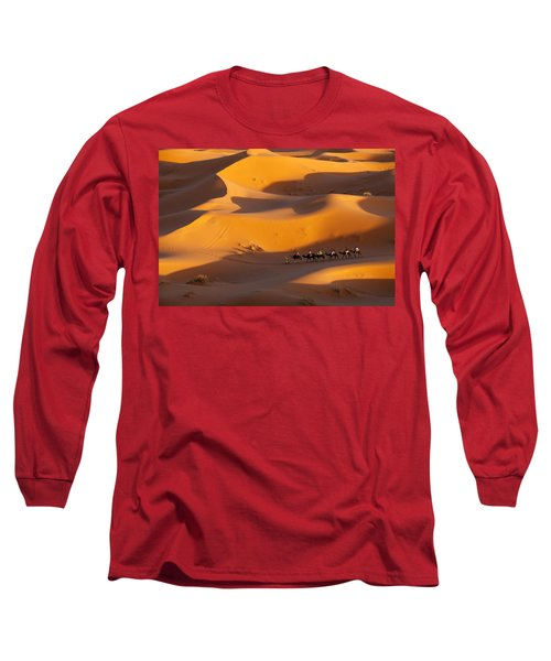 Desert And Caravan Long Sleeve T-Shirt by Aivar Mikko