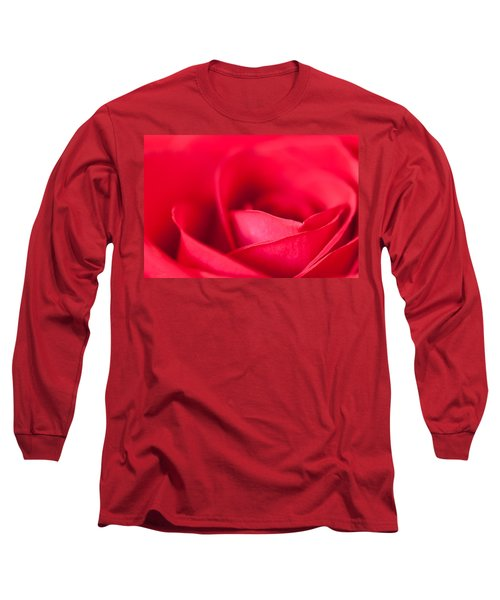 Long Sleeve T-Shirt featuring the photograph Kiss by Yvette Van Teeffelen
