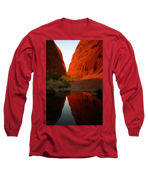 Late Afternoon Light And Reflections At Kata Tjuta In The Northern Territory Long Sleeve T-Shirt