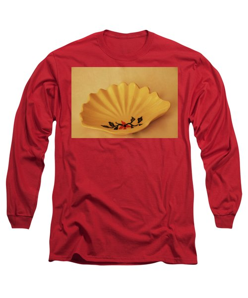 Little Shell Plate Long Sleeve T-Shirt by Itzhak Richter