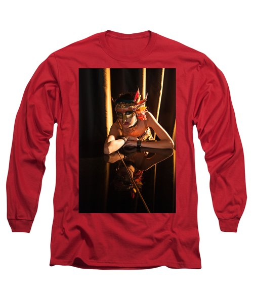 Mona. Reflection On Grand Piano Long Sleeve T-Shirt